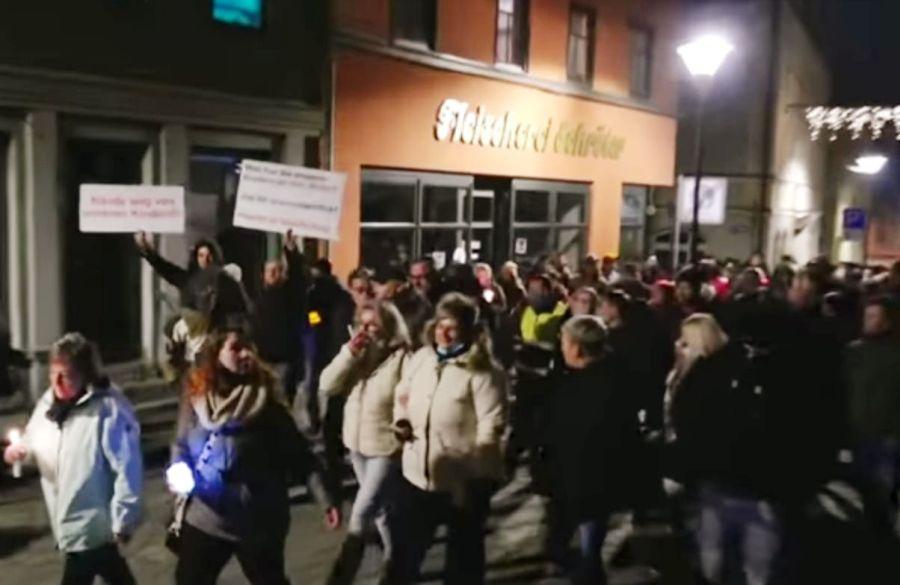 demonstracio Nemeotrszágban